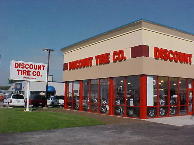 Discount Tires Labor Day Sales 2018 – 50% OFF on Tire, Wheels
